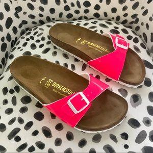 BIRKENSTOCK Madrid Hot Pink Patent Leather Slides